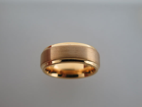 8mm Beveled Edge Yellow Gold* Brushed Tungsten Carbide Unisex Band