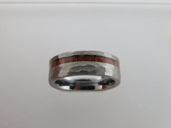 8mm Silver* Hammered Tungsten Carbide Unisex Band with KAO Wood Stripe Inlay