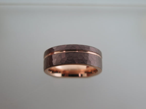 8mm Hammered Mocha Brown Tungsten Carbide Unisex Band With Rose Gold* Interior and Stripe