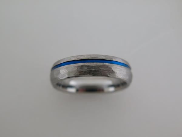 6mm ROUNDED HAMMERED Silver* Tungsten Carbide Unisex Band with Blue Stripe
