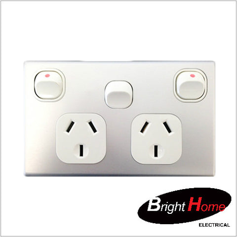 GPO2EXH-AL, Double Horizontal Switched Socket Outlet, 10A, 250Vac with Extra Switch, Alumoinium