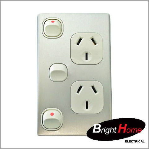 GPO2EXV-AL, Double Vertical Switched Socket Outlet, 10A, 250Vac with Extra Switch, Aluminium
