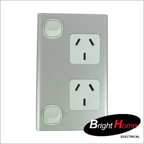 GPO2V-AL, Double Vertical Switched Socket Outlet, 10A, 250Vac, Aluminium