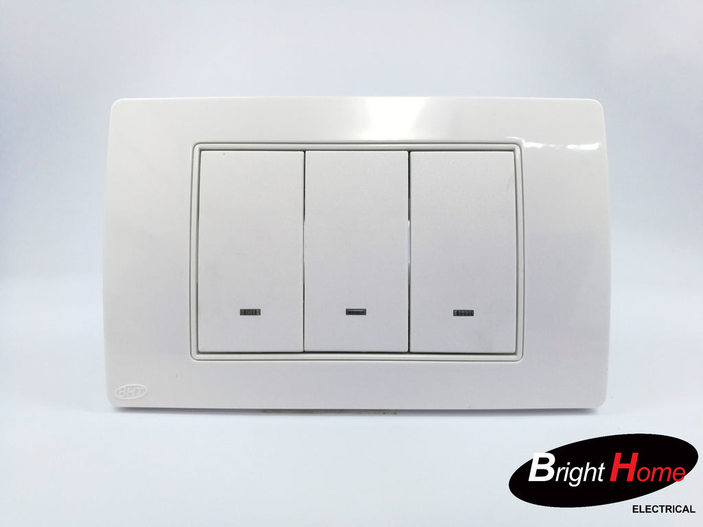 3 Gang Switch, white, TWS3-W, Titan series