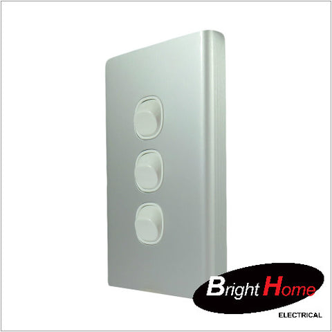 WS3-AL, 3 Gang Switch, 16A, 250Vac, Aluminium