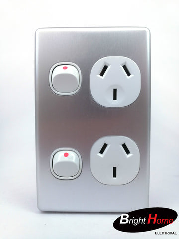 Slim series Double Vertical Switched Socket Outlet, 10A, 250Vac, silver  SGPO2V-WAL
