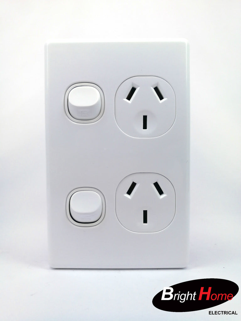 Slim series Double Vertical Switched Socket Outlet, 10A, 250Vac, white  SGPO2V-WW