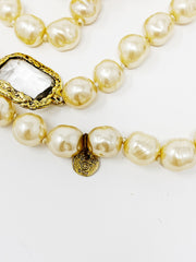 Chanel Paris 1981 Goossens Infinity Sautoir Pearl and Crystal necklace