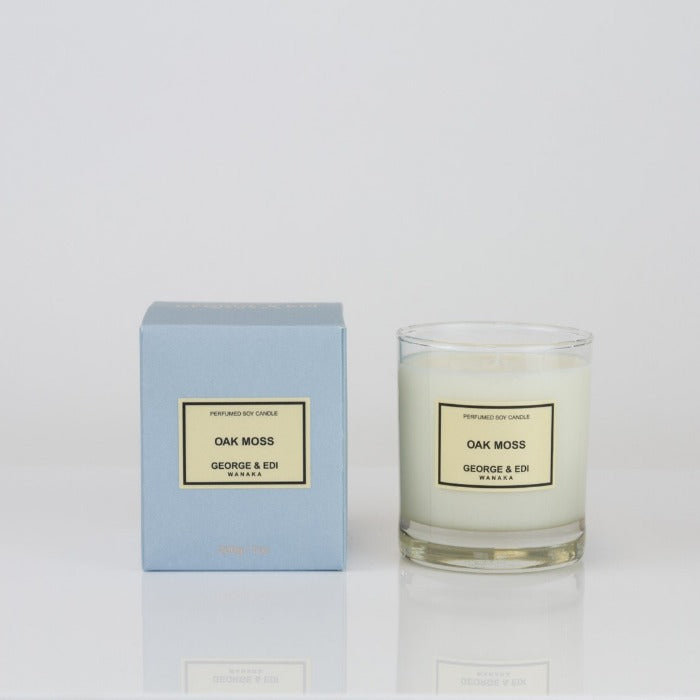 George and Edi oak moss Candle