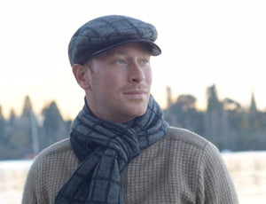 Possum Merino Checked Scarf in Pewter Black