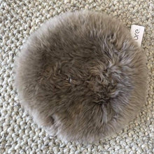 Sheepskin Seat Round in Voile