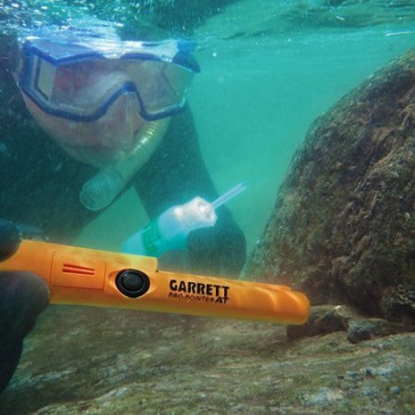 Garrett Pro Pointer AT waterproof pinpointer underwater Chicago metal detecting easy to use powerful pinpointer. Lightweight find coins treasure rent buy