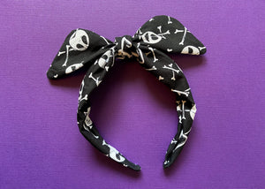 Skellington Knotted Bow