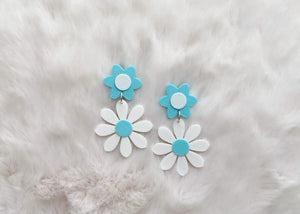 Mint and white Daisy Earrings