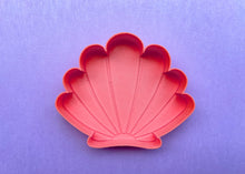 Load image into Gallery viewer, Coral Mermaid Shell Jewelry Dish