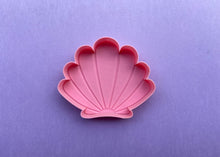 Load image into Gallery viewer, Pink Mermaid Shell Jewelry Dish