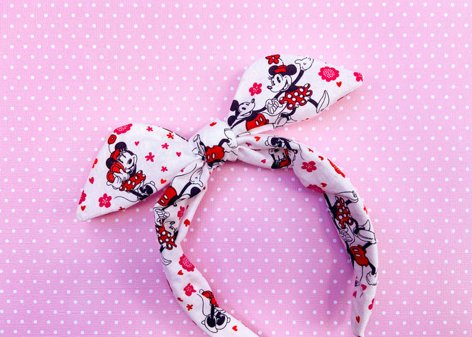 Valentine Mouse Knotted Bow