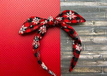 Load image into Gallery viewer, Snowflake Plaid Knotted Bow