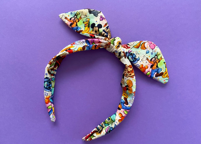 Colorful Toons Knotted Bow