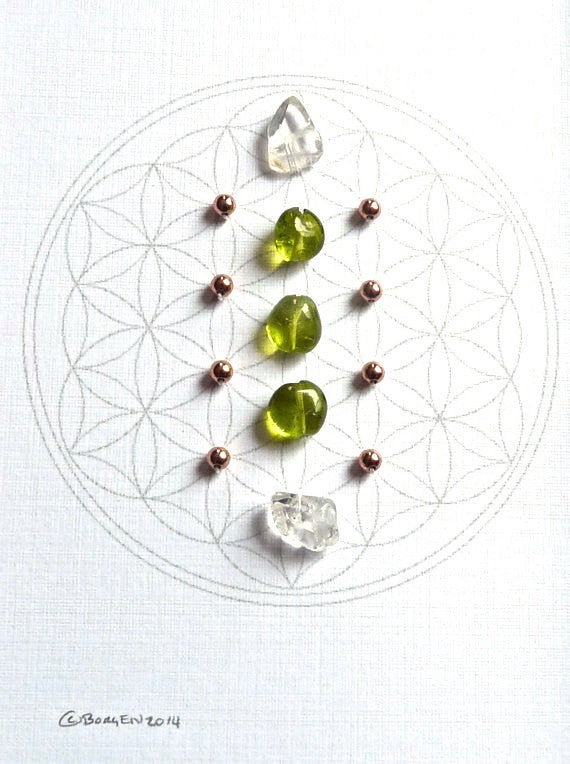 AUGUST BIRTHSTONE GRID --- framed crystal grid