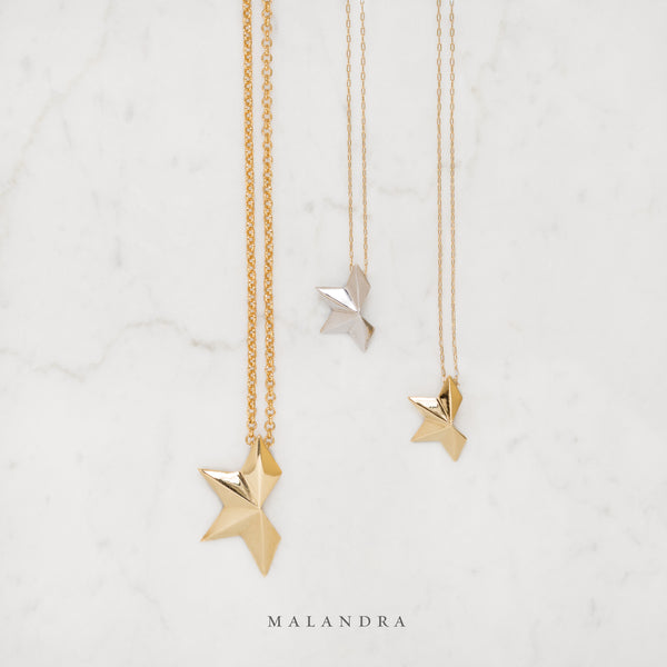 MEDIA ESTRELLA NECKLACES