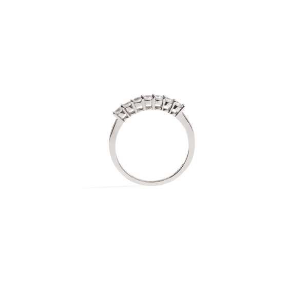 SEVEN MOISSANITE BAND RING
