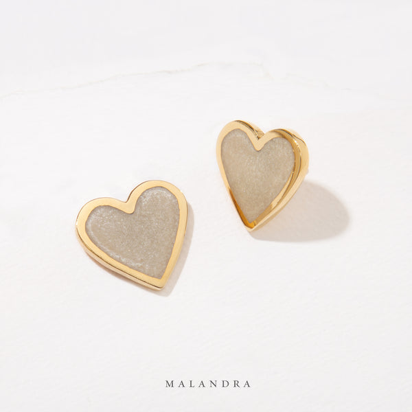 NÁCAR HEART EARRINGS