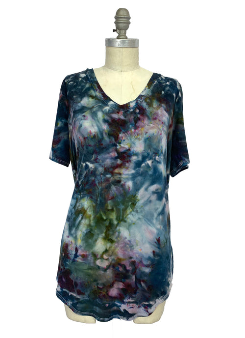 "Hand Dyed Slinky V-Neck Tunic with Short Sleeves - ""A Night Out"" - Dyetology"
