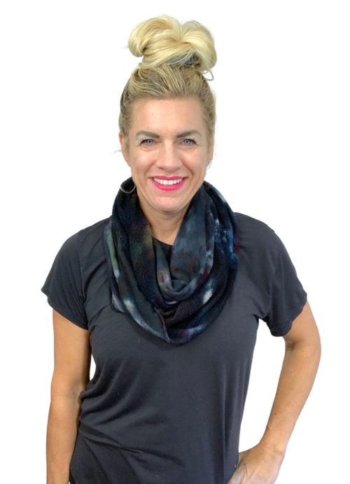 "Hand Dyed Bamboo Fleece Scarf in "" A Night Out"" - Infinity Scarves - Dyetology"