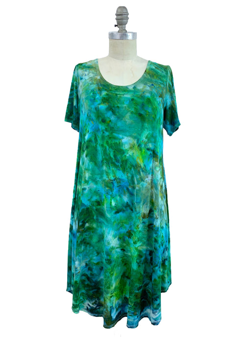 "The Perfect Short Sleeve Dress in ""Luck O' The Irish"" - Dyetology"