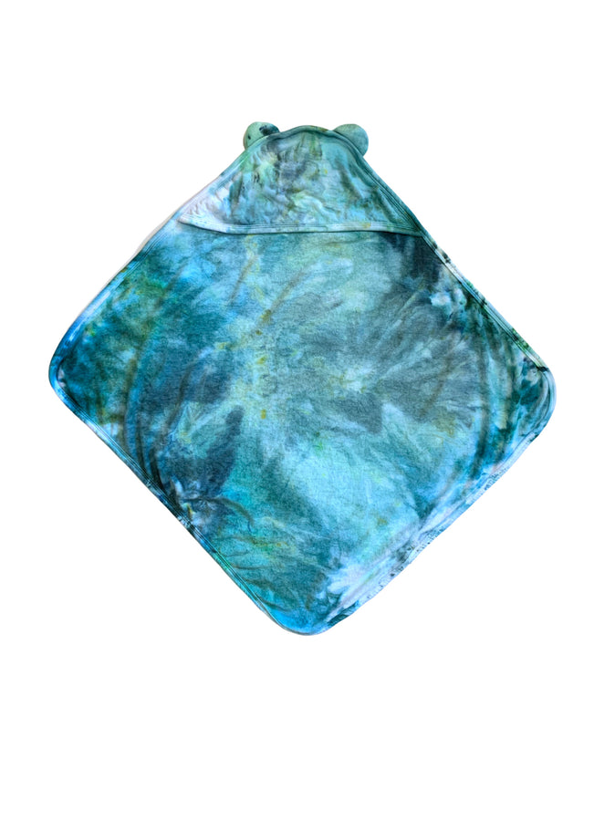 Hand-Dyed Hooded Bath Towel in