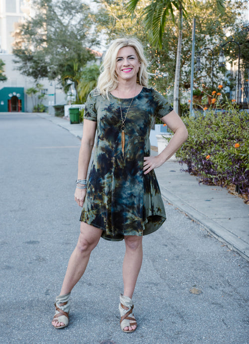 The Perfect Short Sleeve Dress in Olive and Black - Dyetology