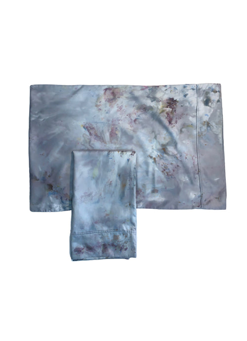 Hand-Dyed Cotton Sateen Pillow Case Set in Whisper - Dyetology