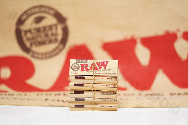 6 Packs(50 leaves And 50 Tips Per Pack) Of AUTHENTIC Raw Classic Connoisseur Rolling Paper 1 1/4 Size