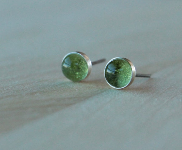 Peridot Bezel Gemstones, Large (Niobium or Titanium Post Earrings) - Pretty Sensitive Ears