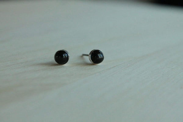 Black Star Diopside Bezel Gemstones, Med (Niobium or Titanium Post Earrings) - Pretty Sensitive Ears