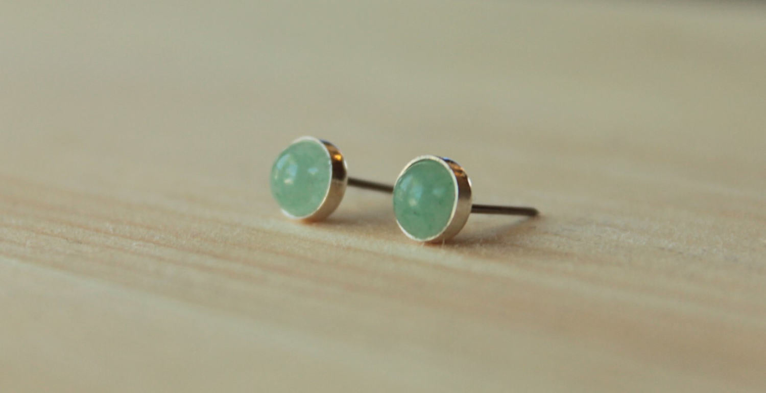 Aventurine Bezel Gemstones, Large (Niobium or Titanium Post Earrings) - Pretty Sensitive Ears