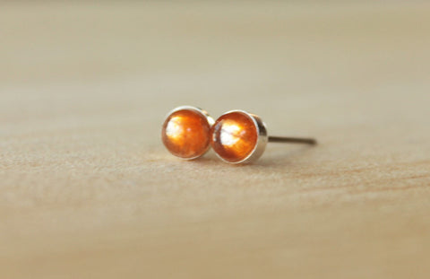 Sunstone Bezel Gemstone Med (Niobium or Titanium Post Earrings) - Pretty Sensitive Ears