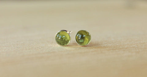 Peridot Bezel Gemstone, Med (Niobium or Titanium Post Earrings) - Pretty Sensitive Ears