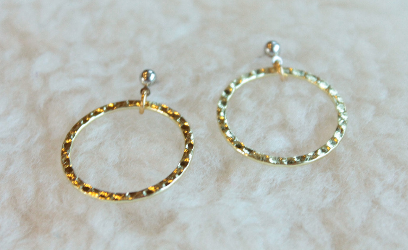 Two Tone Hammered Hoops (Surgical Steel Post Earrings) - Pretty Sensitive Ears