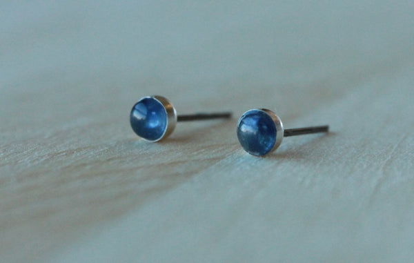 Sapphire Bezel Gemstones, Small (Niobium or Titanium Post Earrings) - Pretty Sensitive Ears