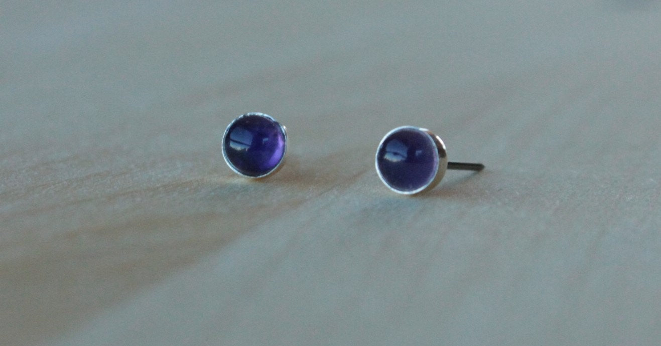 Amethyst Bezel Gemstones, Med (Niobium or Titanium Post Earrings) - Pretty Sensitive Ears