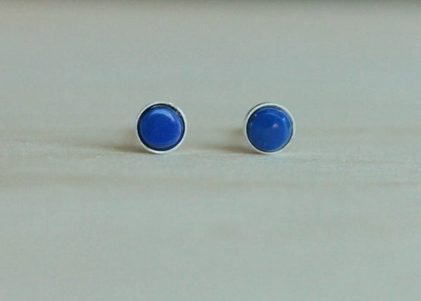 Lapis Lazuli Bezel Gemstone, Small (Niobium or Titanium Stud Earrings) - Pretty Sensitive Ears