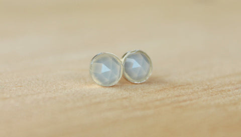 Rose Cut Faceted Natural Blue Chalcedony Bezel Set 6mm Gemstone - Niobium/Titanium Posts (Hypoallergenic Stud Earrings for Sensitive Ears) - Pretty Sensitive Ears