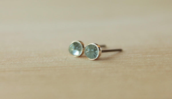 Sky Blue Topaz Bezel Gemstones, Small (Niobium or Titanium Post Earrings) - Pretty Sensitive Ears