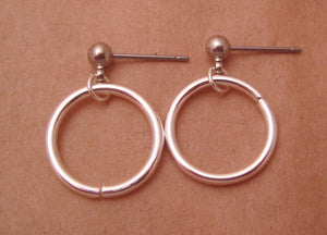 Single Hoop (Hypoallergenic Surgical Steel Post Earrings) - Pretty Sensitive Ears