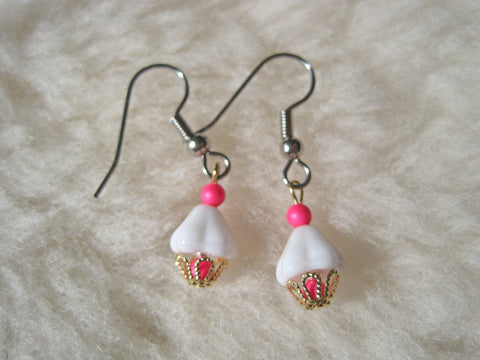 Cute Cupcake Dangles (Titanium, Niobium, or Surgical Steel Earrings) - Pretty Sensitive Ears
