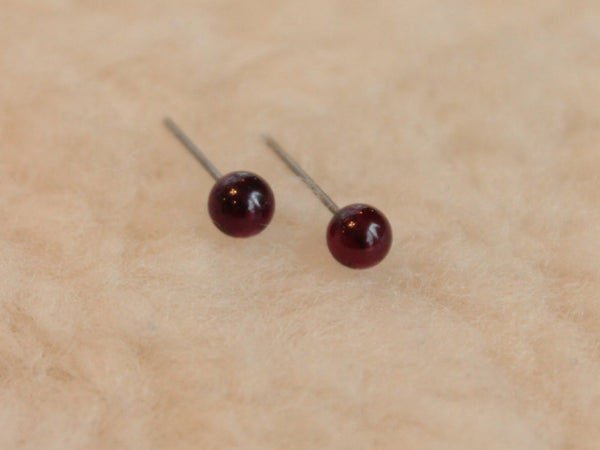Garnet Gemstone, Large (Niobium, Titanium, or Surgical Steel Stud Earrings) - Pretty Sensitive Ears