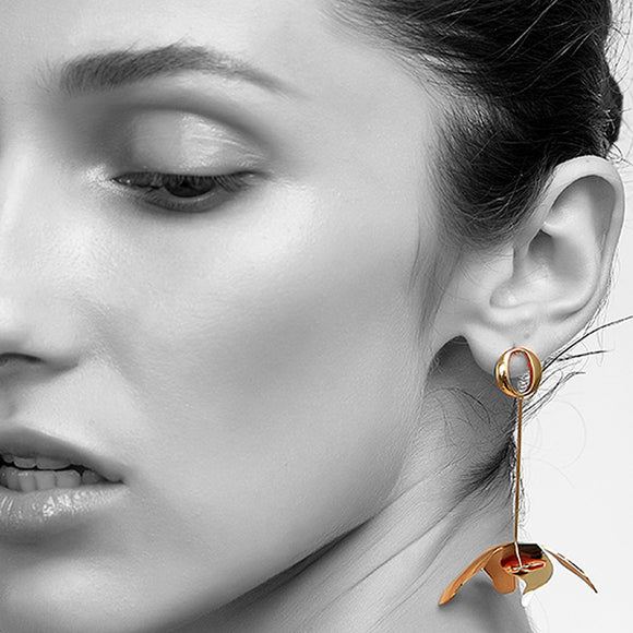 Aphrodite Drop Earrings, Gold