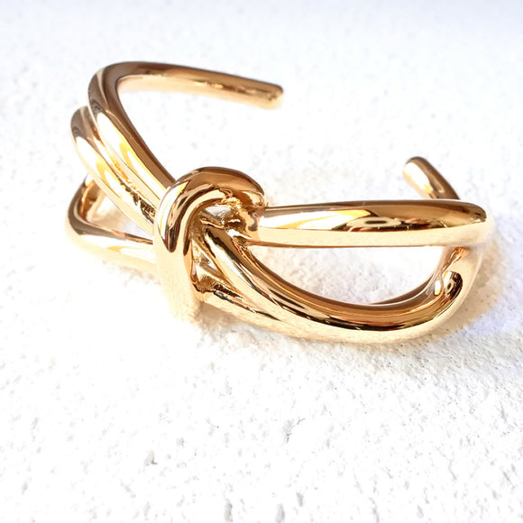 Metal Bow Cuff, Gold